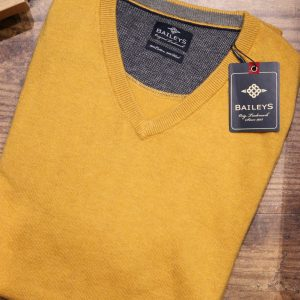 Mens Jumper in Romsey, Hampshire